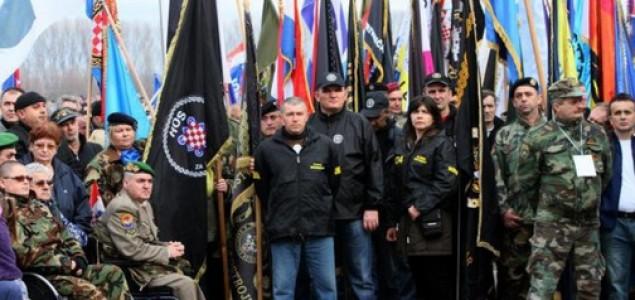 Boris Dežulović: Rat nije gotov i ne dajmo šansu miru!