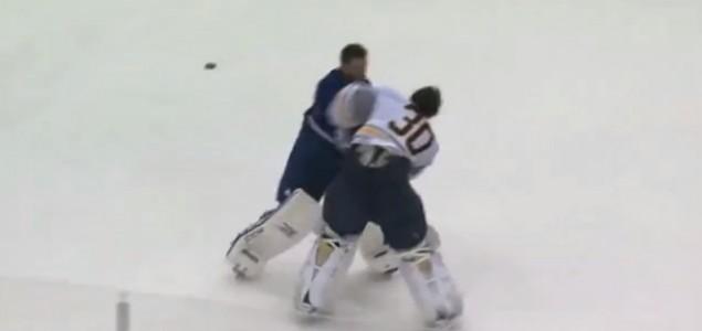 Masovna tuča na pripremnom susretu u NHL-u
