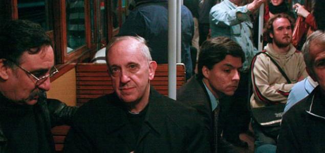 Papa Franciko povlači reformatorske poteze za kakve nijedan svetovni državnik danas nema hrabrosti