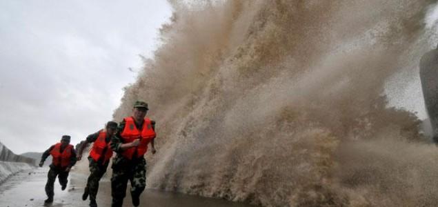 Tajfun Fitow pogodio istočnu obalu Kine