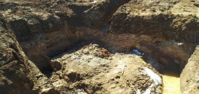 Daily Mail o masovnoj grobnici kod Prijedora: Sedam metara debeli sloj sastavljen od ljudskih ostataka