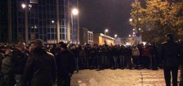 Navijači Milana blokirali i vrijeđali igrače nakon remija s Genovom, s njima razgovarali Kaka i Abbiati