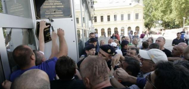 HDZ izbacio ćirilicu iz Vukovara