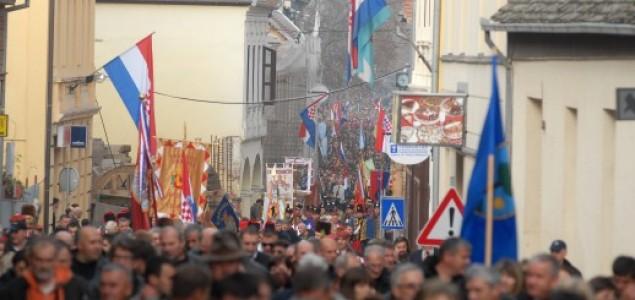 Stožer ipak organizirao posebnu kolonu, Milanović i Josipović odustali od obilaska Vukovara
