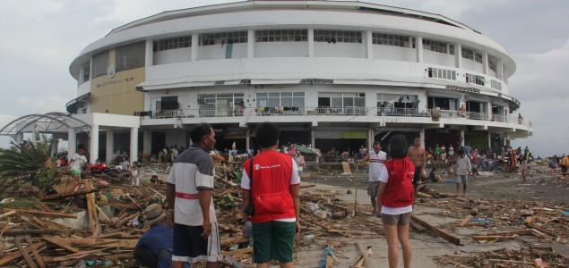 Filipini: Dosad pronađeno 2.357 tijela osoba stradalih u naletu tajfuna Haiyan