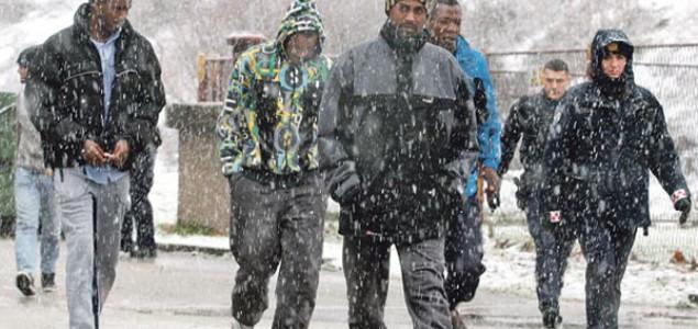 Azilanti u snegu