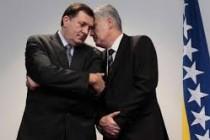 """Dodik: SNSD i HDZ BiH """"čvrst blok"""" nove vladajuće koalicije u BiH"""