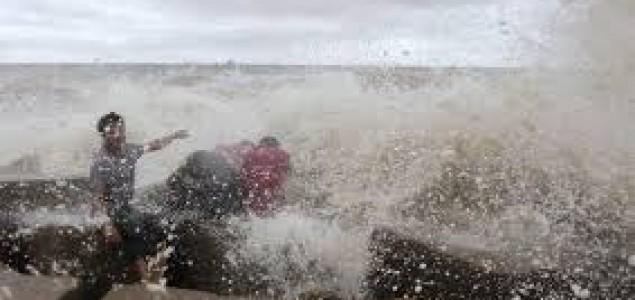Tajfun Haiyan pogodio jug Kine, osmero poginulih