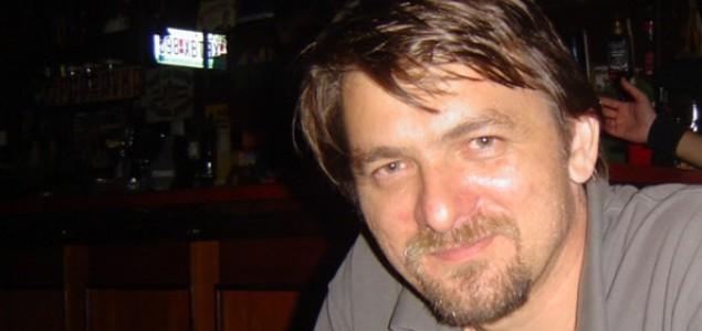 Vladimir Milutinović: Operacija cenzura: Napad klonova (2)