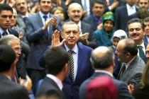 Erdogan imenovao 10 novih ministara, protesti zbog korupcije u Istanbulu
