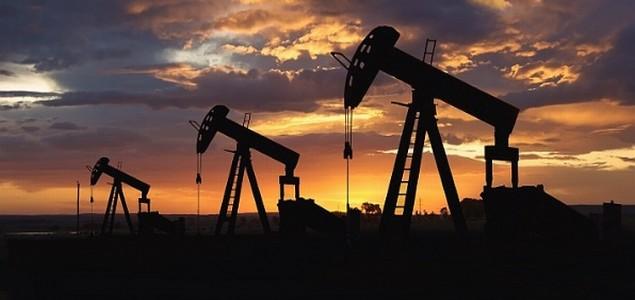 U mjesec dana cijene nafte pale za šest dolara