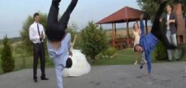 Ovako se pleše na ruskim vjenčanjima
