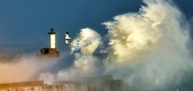 Evropa: oluja se pomjera ka istoku, šteta i stradali
