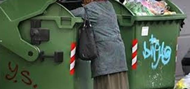 SVJETSKI DAN HRANE: Brojni bh. građani traže hljeb u kontejneru