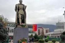 Niko ne zna ko je postavio spomenik Titu u Skoplju