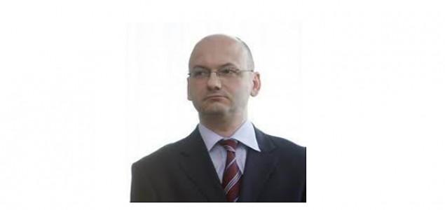 """Hoare: """"Jović i Gibbs nastoje minimalizirati krivnju srpskih agresora za rat 1990. i prebaciti krivnju što više na hrvatske i bošnjačke žrtve rata"""""""