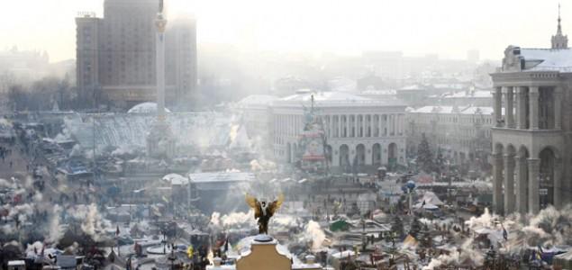 Napadnuta baza na Krimu, Ukrajinci predaju oružje