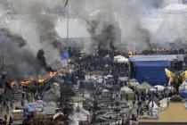 Nasilje ne prestaje, propali razgovori Janukoviča i opozicije