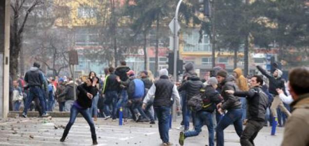Momir Dejanović: O nezadovoljstvu, pobuni i  prividu proljeća