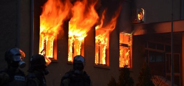 Oliver Frljić: Nasilje koje smo vidjeli je legitiman odgovor na strukturalno nasilje u Bosni i Hercegovini