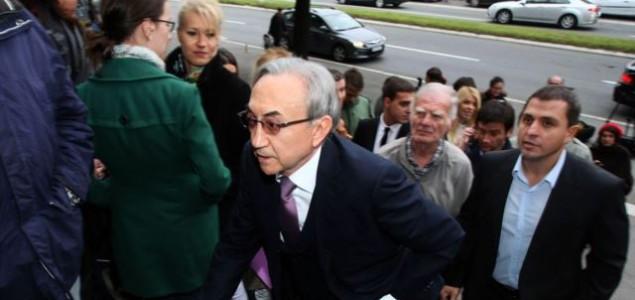Predizborna Srbija: Koga tajkuni finansiraju
