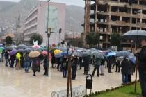 Mostarci na protestima uprkos jakoj kiši, danas prvi plenum