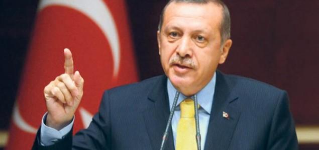 Turskom novinaru 21 mjesec zatvora zbog uvrede Erdogana