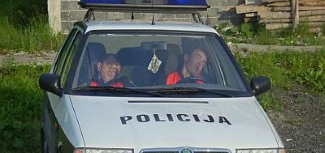 Vlast i policija – tuga golema