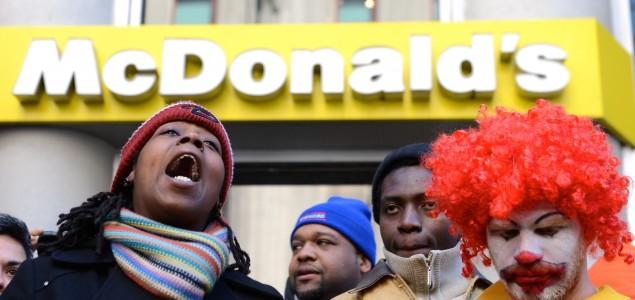 SAD: Protestuju radnici McDonald'sa