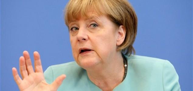 Angela Merkel protiv ekonomskih sankcija Rusiji