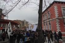 Protestna šetnja do Skupštine uprkos policijskoj blokadi (Video)