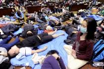 Tajvan: Studenti okupirali zgradu vlade, više od 100 povrijeđenih