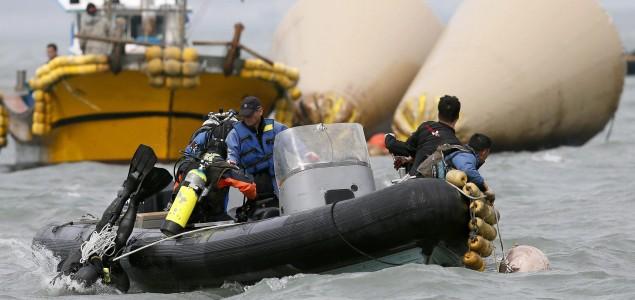 Južna Koreja traga za još 200 tijela, u brodolomu više od 100 mrtvih
