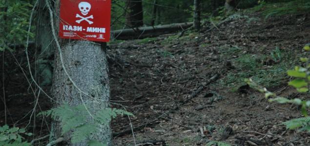 Timovi BH MAC-a u Brčkom u pripravnosti: Mine i bombe oko kuća, čak i na smetljištima