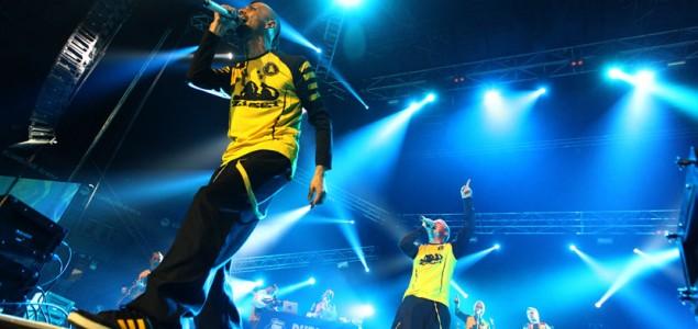 Veličanstveni koncert: Dubioza kolektiv napravila spektakl pred 12.000 ljudi u Beogradu