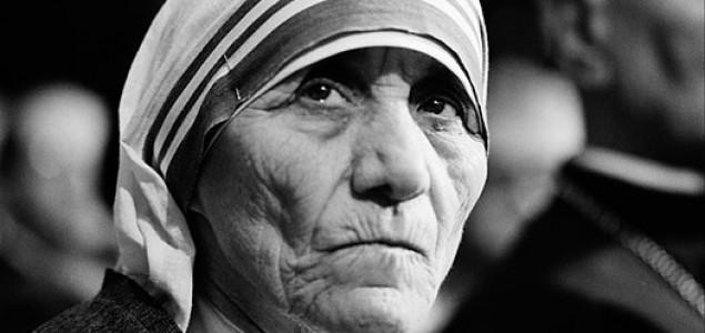 Spomenik Majci Terezi u Sarajevu od oktobra