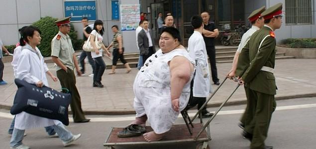 Umro najteži Kinez