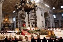Sve više ljudi bježi od crkve: Kako internet ubija vjeru u ljudima?