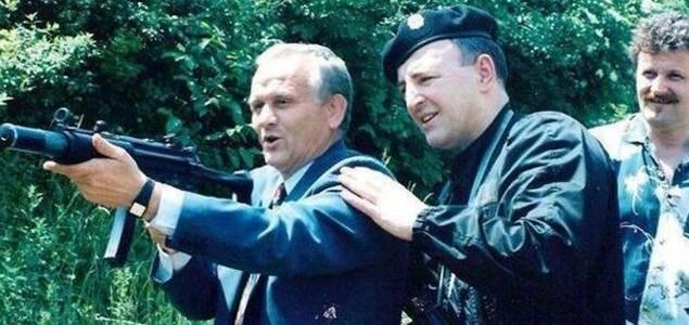 FK Sarajevo neće potpisati ugovor sa Petrovićem zbog fotografije sa Arkanom