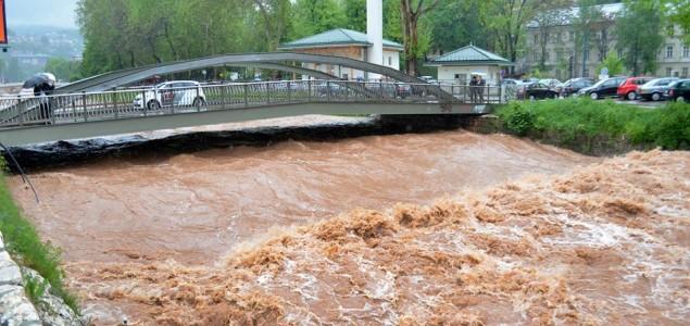 Poplave u BiH: Evakuisane tri osobe, najkritičnije na Ilidži