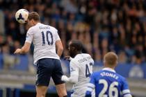 Veličanstvena igra Edina Džeke: postigao dva pogotka u ključnoj utakmici za naslov prvaka