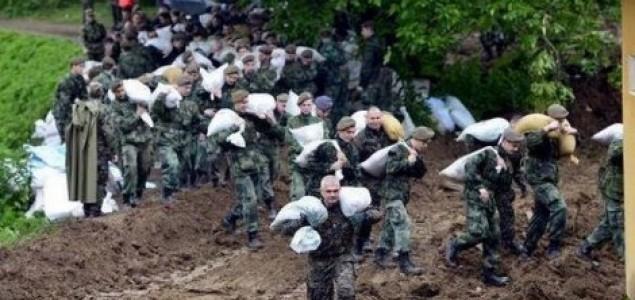 Katastrofalne poplave u Srbiji:  Petoro mrtvih, jedan nestao,Mlava probila branu, u toku evakuacija Drmna kod Kostolca