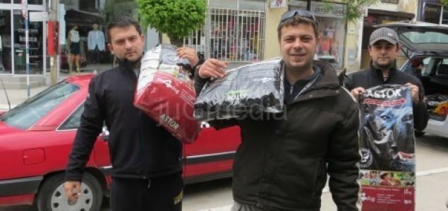 Kinolozi iz Makedonije pomažu ljudima i životinjama u poplavljenim područjima