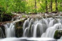 Hoće li samo bogataši imati pravo na vodu? Milijarderi i banke kupuju vodne resurse