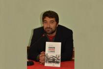 """U Mostaru predstavljena knjiga """"Između crvenog i crnog"""" Dragana Markovine"""