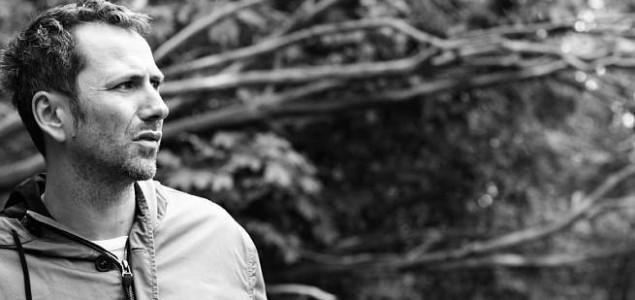 Nagrada za borbu protiv poricanja genocida: Umjetnost Olivera Frljića je kao malj