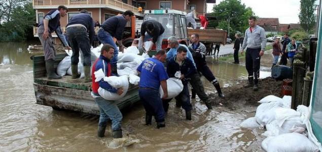 Aktivisti Mostara za pomoć stradalima od poplava