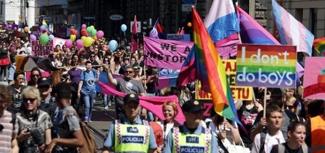 USPJEŠNO ODRŽAN 13. ZAGREB PRIDE: Željka Markić homofob godine, a Mirela Holy homofrend