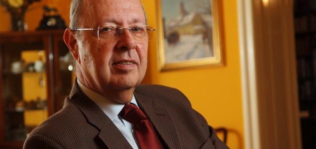 Tomislav Jakić: Pitanje svih pitanja