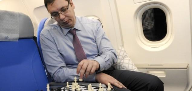 Čedomir Petrović: Vučićev gambit